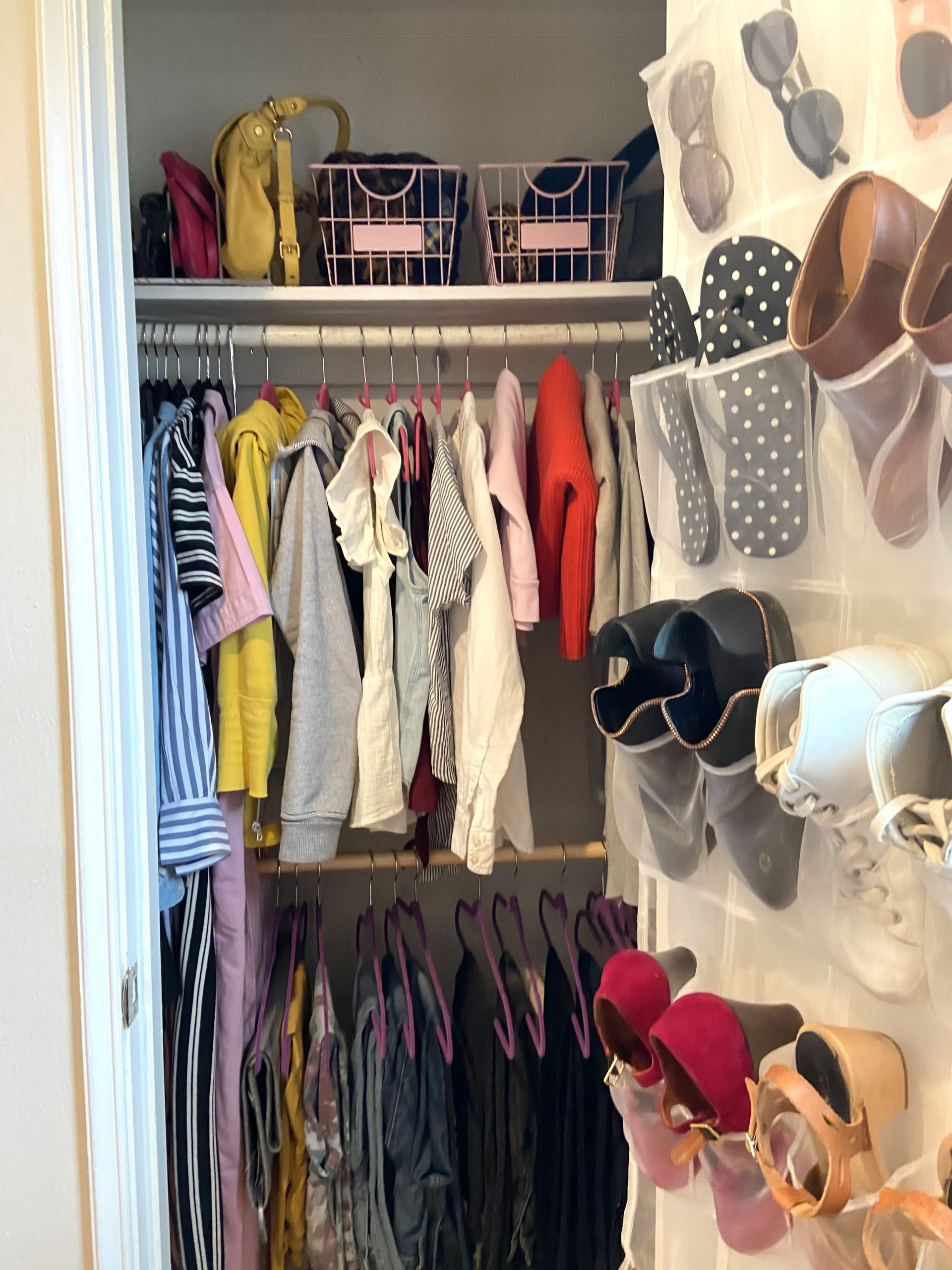 organize your wardrobe to feel good